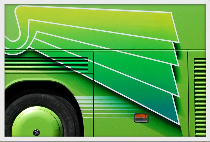 Taylor Holland: Eurobus